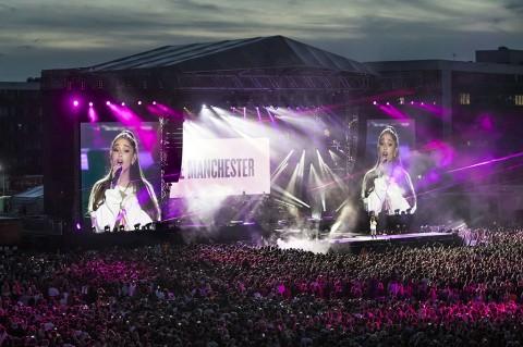 Ariana Grande Gelar Konser Amal di Manchester