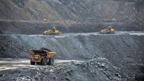 Setoran Sektor Minerba ke Negara hingga April Capai Rp12 Triliun