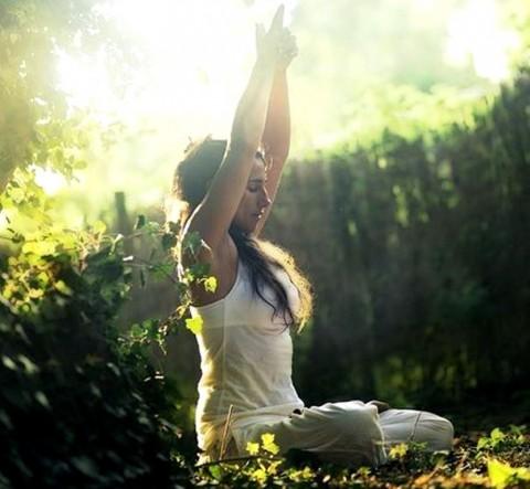 Meditasi Singkat Berikut Dapat Menekan Rasa Stres