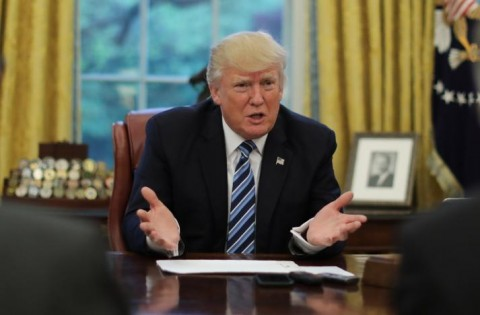 Trump Segera Berlakukan Pembatasan Dagang Baru AS-Kuba