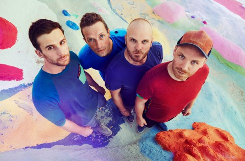 Coldplay Rilis Video Lirik Lagu <i>All I Can Think About Is You</i>