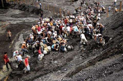 Korban Tewas Ledakan Tambang Kolombia Jadi Delapan Orang