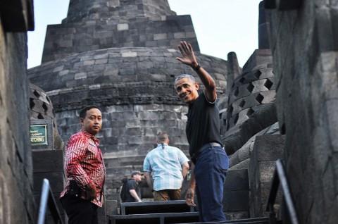 Jelang Kedatangan Obama, Candi Prambanan Dipenuhi Wisatawan