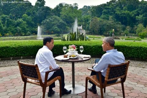 Sore Bersama Barry dan Jokowi