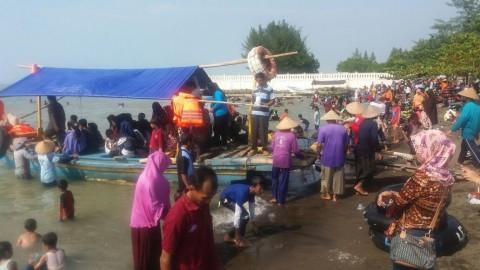 Pengunjung Pantai Purin Tegal Meningkat 700 Persen