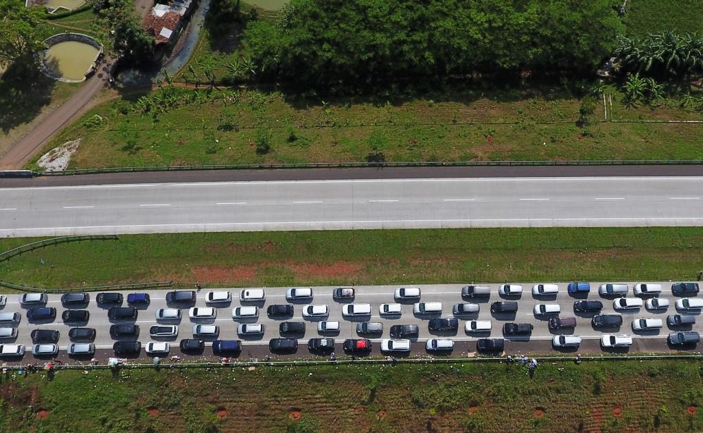 Jalur Menyempit, Arus Balik di Tol Cipali Macet