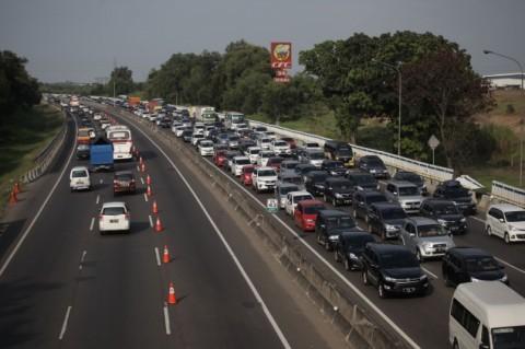 3.124 Unit Kendaraan per Jam Masuk Tol Cipali
