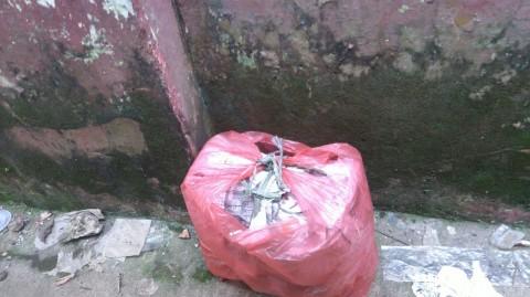 Warga: Bungkusan di Bogor Berisi Panci dan Kabel