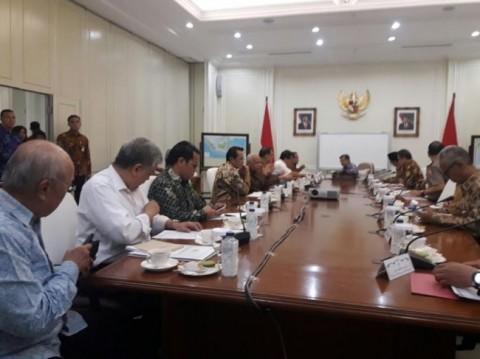Govt Discusses Indonesia International Islamic University Project