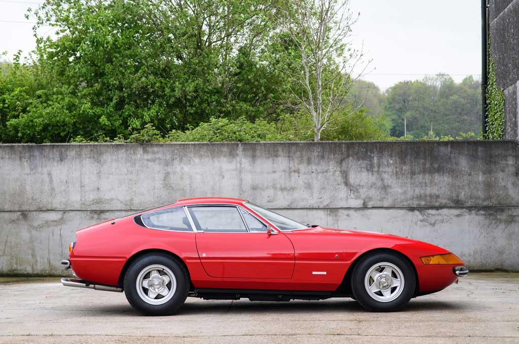 Ferrari 365 GTB/4 1972. Autoguide