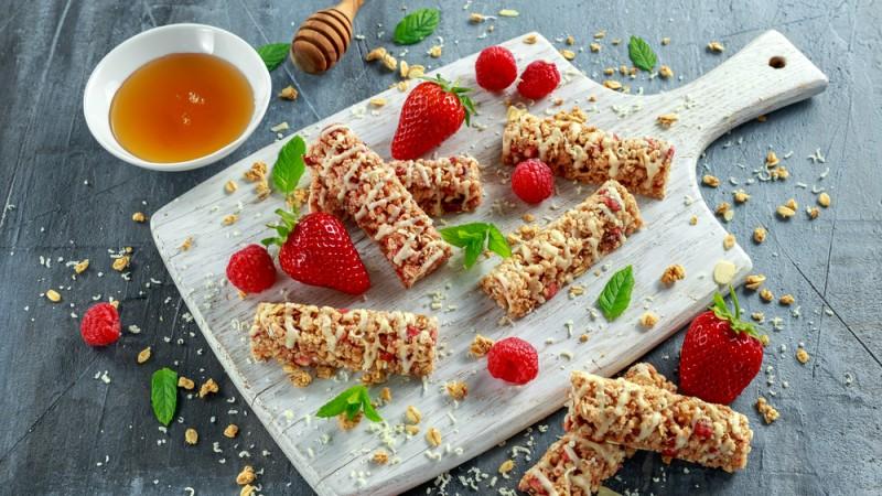 Oat cocok untuk dijadikan sarapan pagi dengan gaya penyajian yang beragam (Foto:Shutterstock)