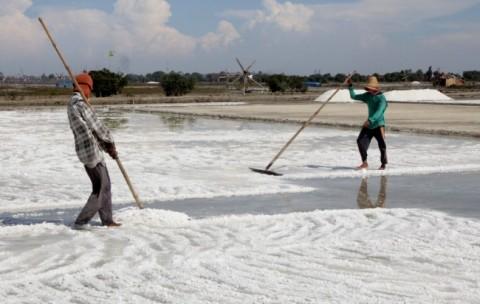 Stok Garam di Bali Menurun
