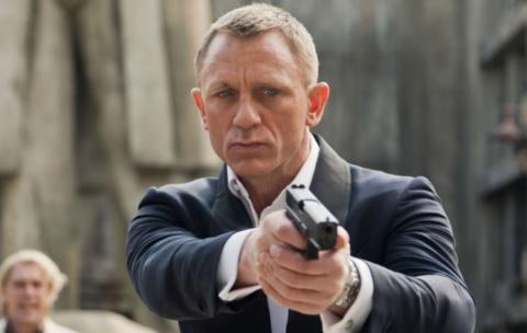 Daniel Craig Kembali Memerankan James Bond