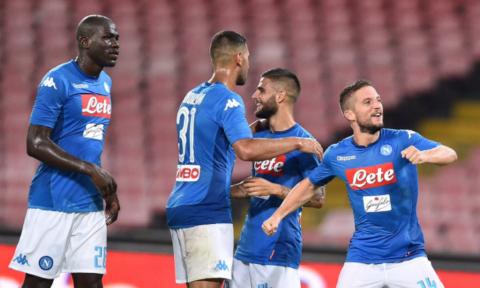 Napoli Gasak Espanyol di Laga Pramusim Terakhir