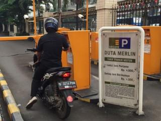 Gedung Kantong Parkir MH Thamrin Tak Berfungsi Maksimal