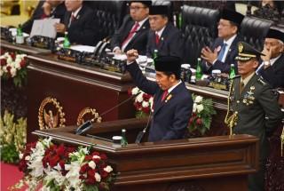 Jokowi: Tidak Ada Kekuasaan yang Absolut