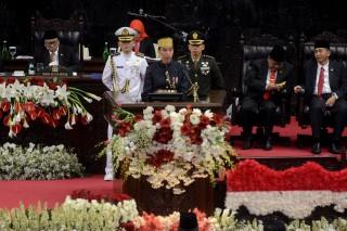Jokowi: Keunggulan Jangan Buat Kita Terlena