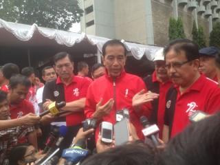 Jokowi Ingatkan Warga tak Gadaikan Sertifikat Tanah untuk Beli Mobil