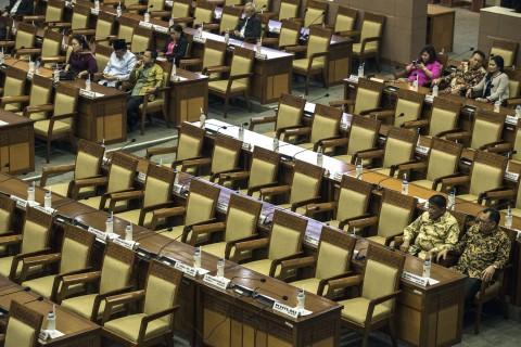 Sidang Paripurna RUU APBN 2018 'Sepi' Anggota DPR