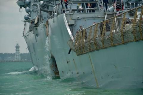 Korban Kedua Tabrakan Kapal Perang AS Ditemukan, 8 Masih Hilang
