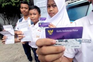 3 Juta Pelajar SMP Sudah Bisa Cairkan Uang PIP