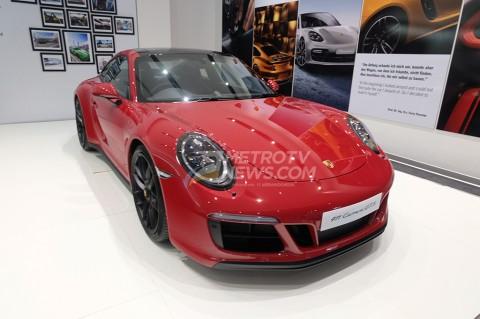 Si Cantik Porsche 911 Carrera GTS