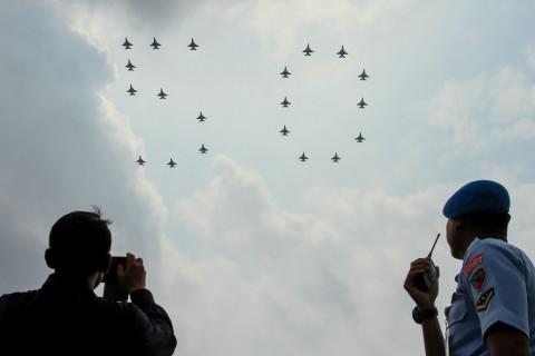 KSAU Ikut Terbangkan F-16 dan Bentuk Formasi 50 Hubungan RI-Singapura