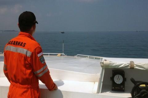 Lima ABK Kapal Keruk Diperkirakan Hanyut ke Laut Indonesia