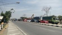 Jembatan Wonokerto Dibongkar, Pantura Demak Macet