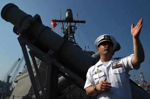 Mengintip Isi Kapal Perang USS Coronado