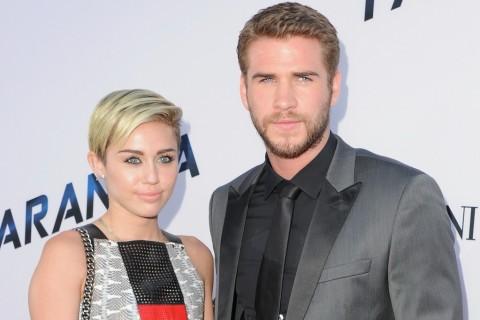 Liam Hemsworth Unggah Foto Unik Bersama Miley Cyrus