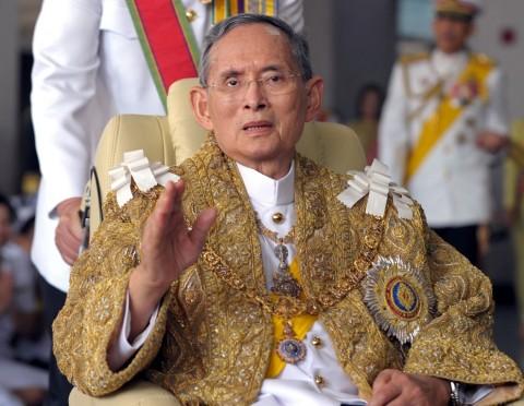 Mendiang Raja Bhumibol Adulyadej wafat pada 13 Oktober 2016