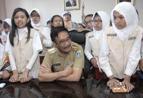 Djarot Minta MUI Terbitkan Fatwa Halal Imunisasi MR