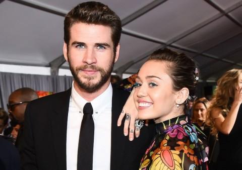 Miley Cyrus dan Liam Hemsworth Curi Perhatian di Premiere Thor: Ragnarok