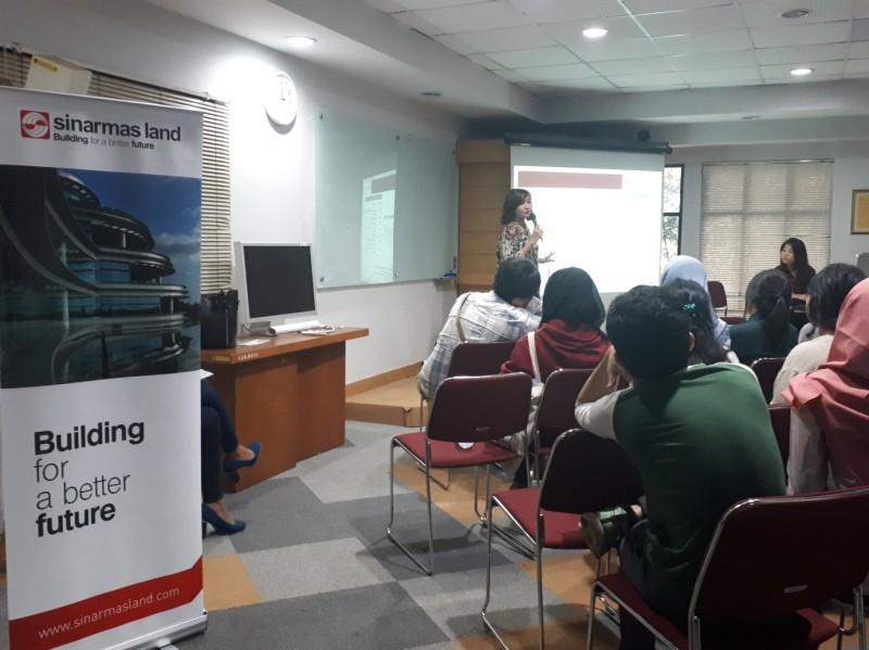 Tim Sinar Mas Land roadshow ke Kampus UI membicarakan YAC 2017 (Foto:Metrotvnews.com/Anindya Legia Putri)