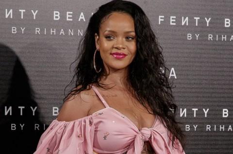 Sebuah Jalan di Barbados Dinamai Rihanna Drive