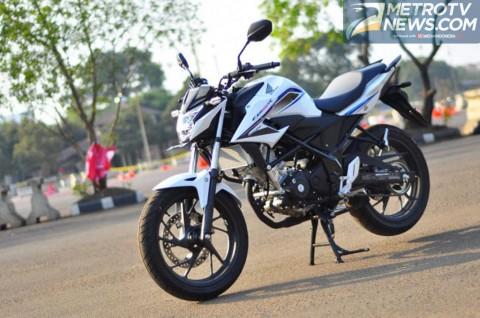 CB150R Streetfire, Sport Naked 150 cc Terlaris di September