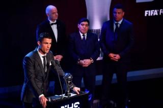 Puja-puji untuk Ronaldo