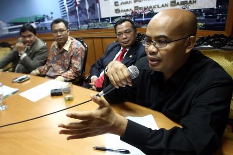 Desmond Tuding Jokowi tak Paham Pembuatan Undang-undang