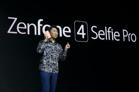 Ikut Tren, ASUS Boyong ZenFone 4 Selfie dan ZenFone 4 Selfie Pro ke Indonesia