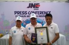 Mewarnai Indonesia Ala JNE