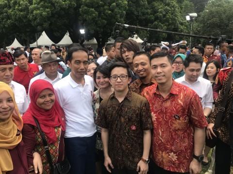 Anda Bisa Unduh Stiker Jokowi di LINE Sekarang
