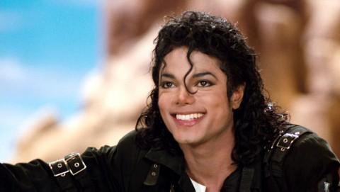 Michael Jackson, Mendiang Selebritas Berpenghasilan Tinggi