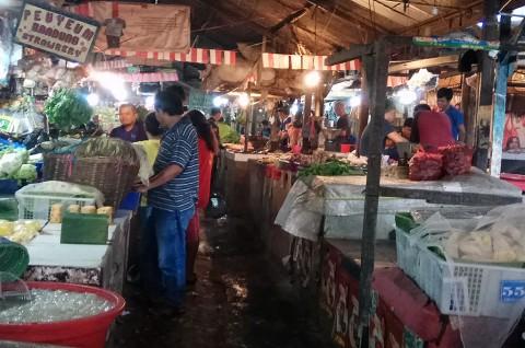 Pedagang Minta Pasar Sederhana Bandung Dibenahi