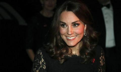 Kate Middleton Memakai Gaun Sama untuk Kedua Kalinya