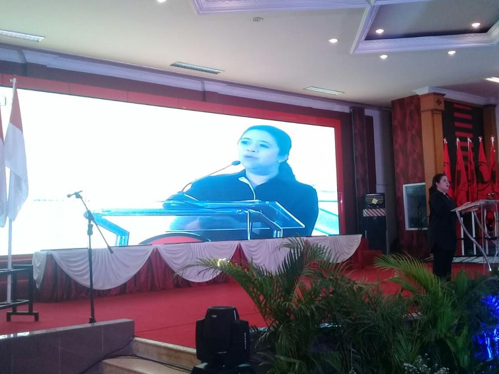 Puan Maharani di pelantikan BMI Jateng, Semarang, Rabu (8/11). Foto: MTVN/Mustholih