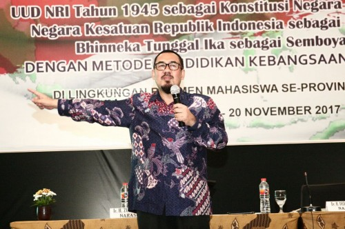 Anggota MPR dari Fraksi Partai Golkar M. Deding Ishak. Foto: