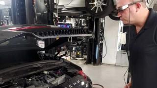 Deteksi Kerusakan Mobil Bisa dengan Kacamata Ini