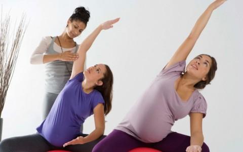 Prenatal Yoga Bantu Calon Ibu Lebih Siap Menghadapi Persalinan