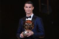 Ronaldo Raih Ballon d'Or 2017
